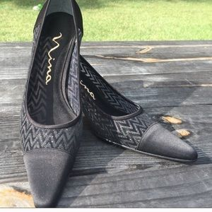 "NWT Nina back lace heels n height is 3""."